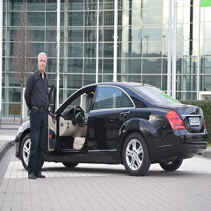 airport limo transfer benefit
